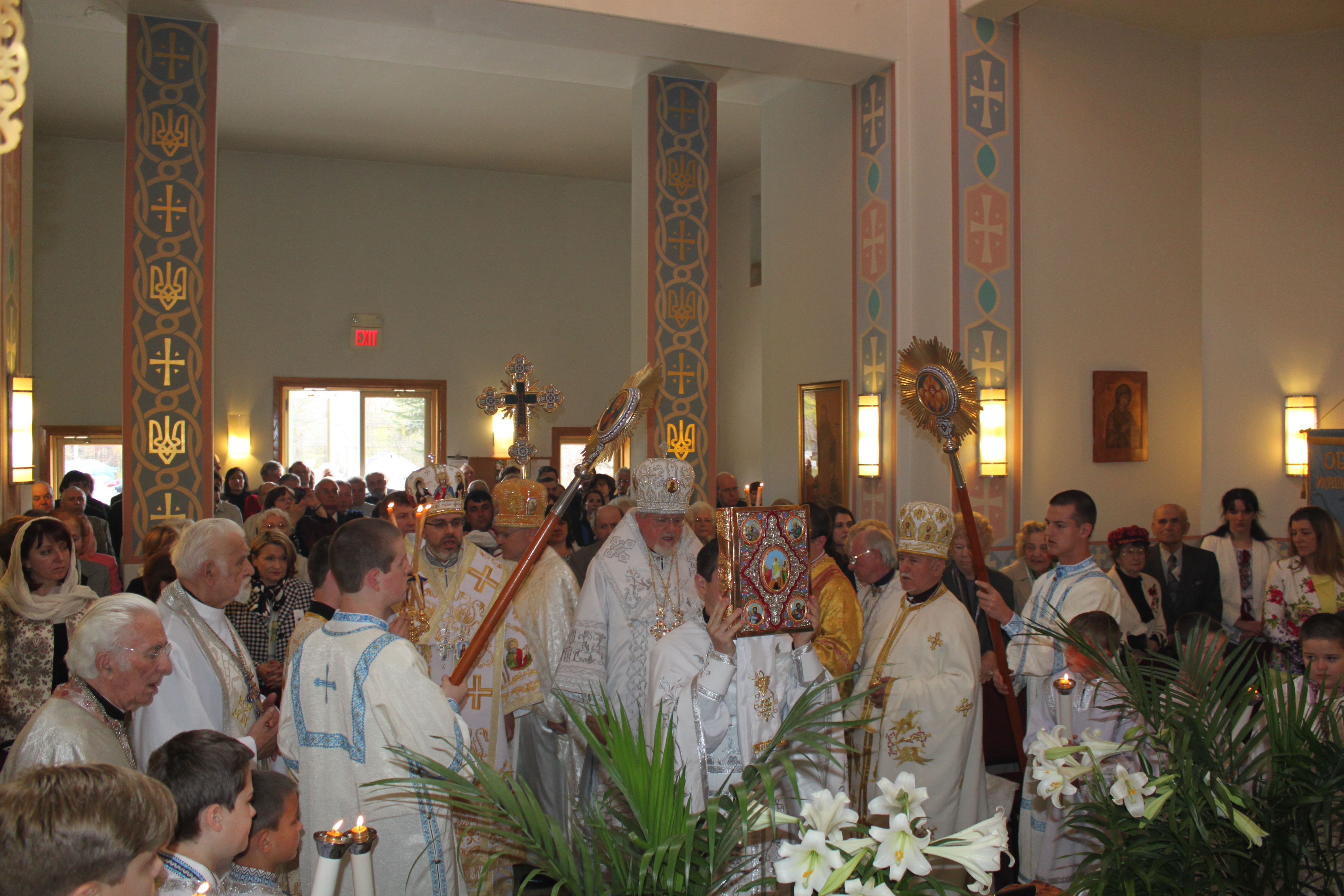 Thousands Participate in Annual St. Thomas Sunday ...