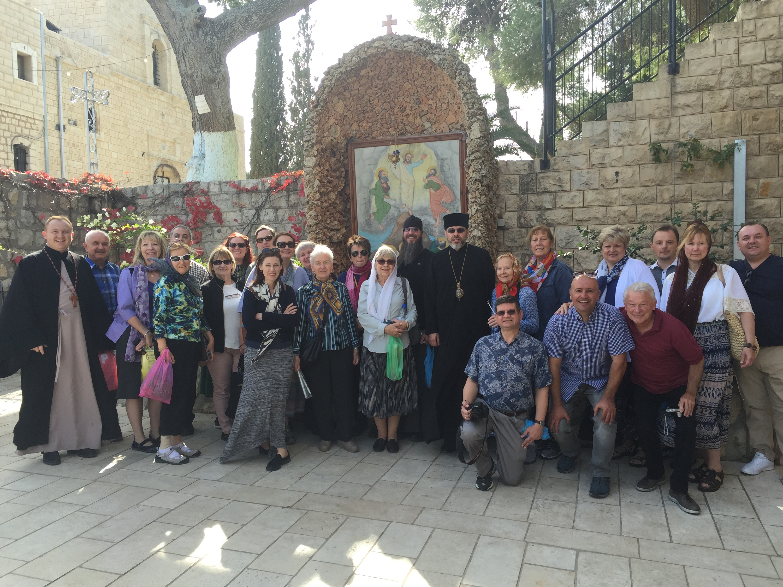 How is the Orthodox pilgrimage different from religious tourism?